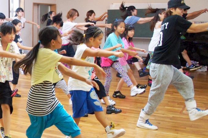 htfダンスアカデミーのwebサイトがオープンしました。